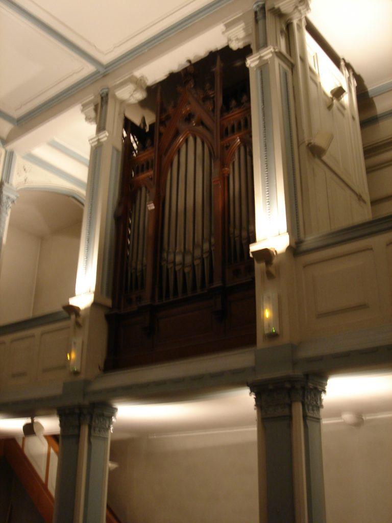 Buffet de l'orgue du Temple de Luxembourg à Paris