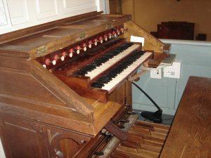 Console de l'orgue du temple de Luxembourg à Paris